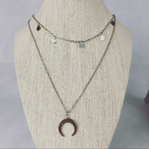 Silver dangly pendant choker with double horn